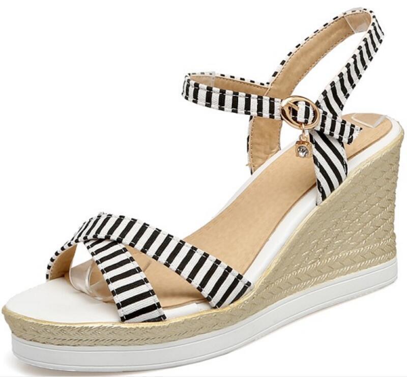 Sandálias Senhoras Sapatas de Verão Sapatos Mulher Cunha Denim Zapatos Mujer Mulheres Meninas Cruzado Bombas De Salto Alto Chaussure F181616