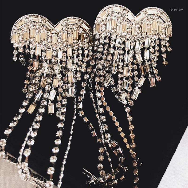 Luxury Boutique Crystal Catena lunga Catena Cuore Charm Dangle Dangle Orecchini per le donne Gioielli Elettrodo di moda Orecchini Accessori1