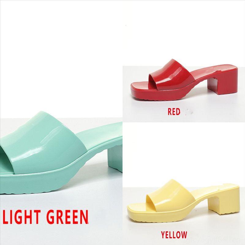 Zopoi Luxury Designer Designer Slides Strand PVC Outdoor Luxus Sommer Flach Slipper Slipper Kausal Transparent Slipper Strand Frau