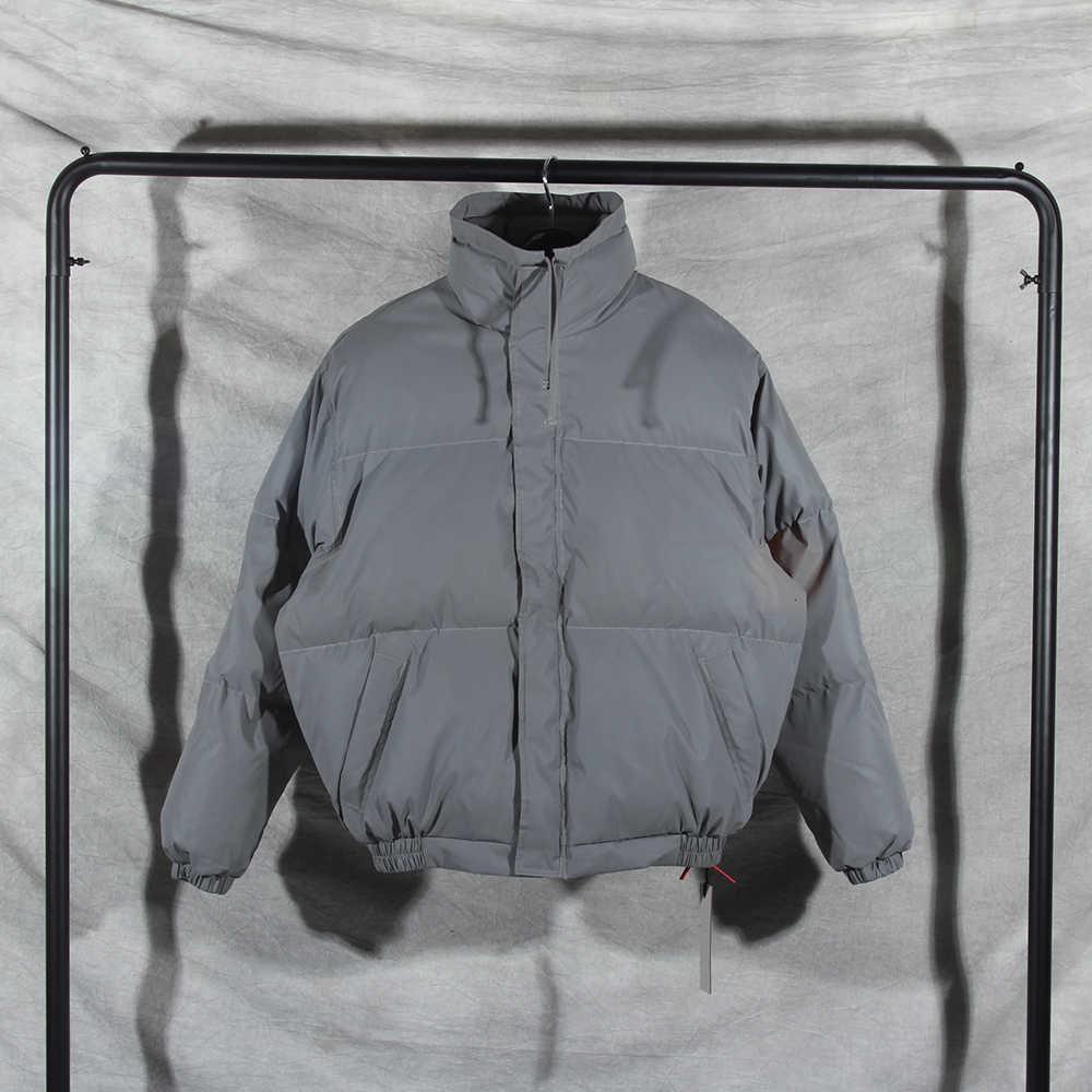 Novos Essenciais refletem luz acolchoado jaqueta enorme jaqueta de inverno homens mulheres casais de pescoço alto nevoeiro Bomber Jaqueta 201119