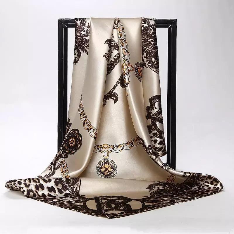 clásicos 90 * 90 cm cuadrado de la bufanda del lazo del pelo de las mujeres elegantes Cabeza de seda bufandas del abrigo del mantón señoras de las mujeres pañuelo pareo silenciador foulard