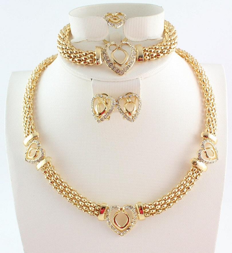 Горячие Продажи Сердце дизайн Костюм Ожерелья Браслеты Серьги Кольца Установить Мода Высокое Качество Африканские Позолоченные Женщины Свадебные Ювелирные Изделия Наборы