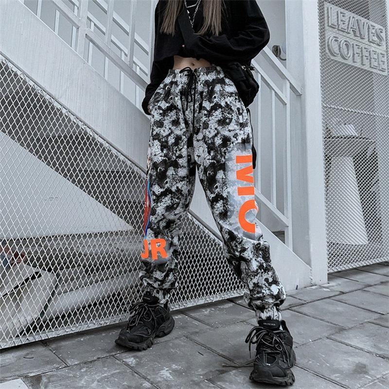 pantalones de camuflaje resorte sueltan personaje de dibujos animados mujeres de los pantalones de gran tamaño SWEATPANT hip hop carta streetwear pantalones para mujeres z9gn #