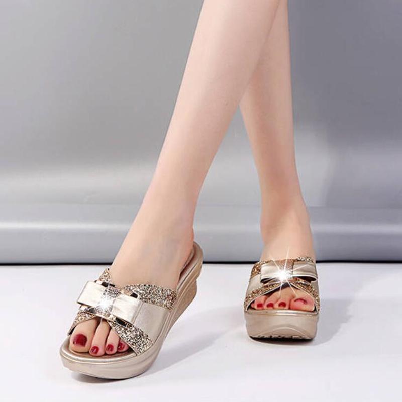 Frauen-Sommer-Bling Slipper Frau Walking-Schuhe Damen Leder Keil-Schuhe Weibliche beiläufige Pumps Sandalen Komfortable Plattform X1020