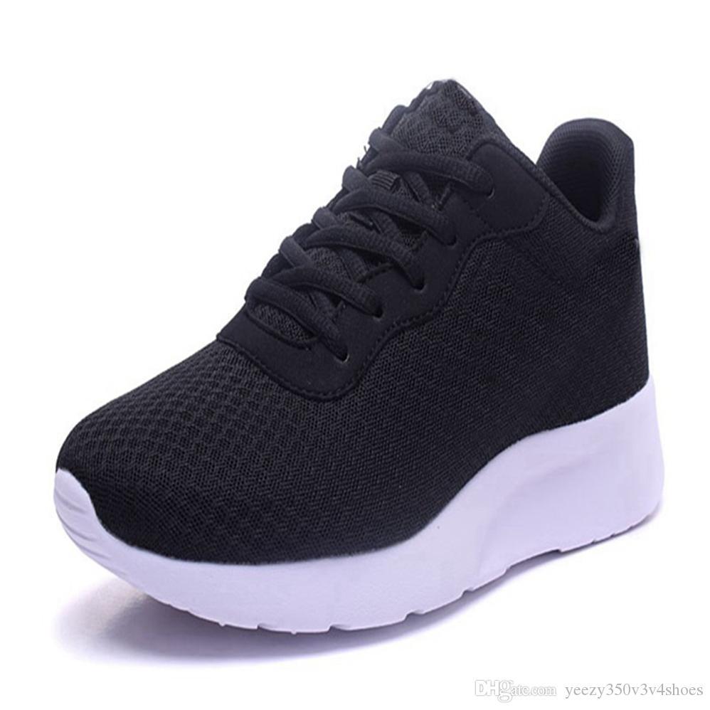 Свободная перевозка груза 2020 тапки Trainer все черные белые красные туфли для мужчин Женщины Спорт Дизайнер DH35-54685114