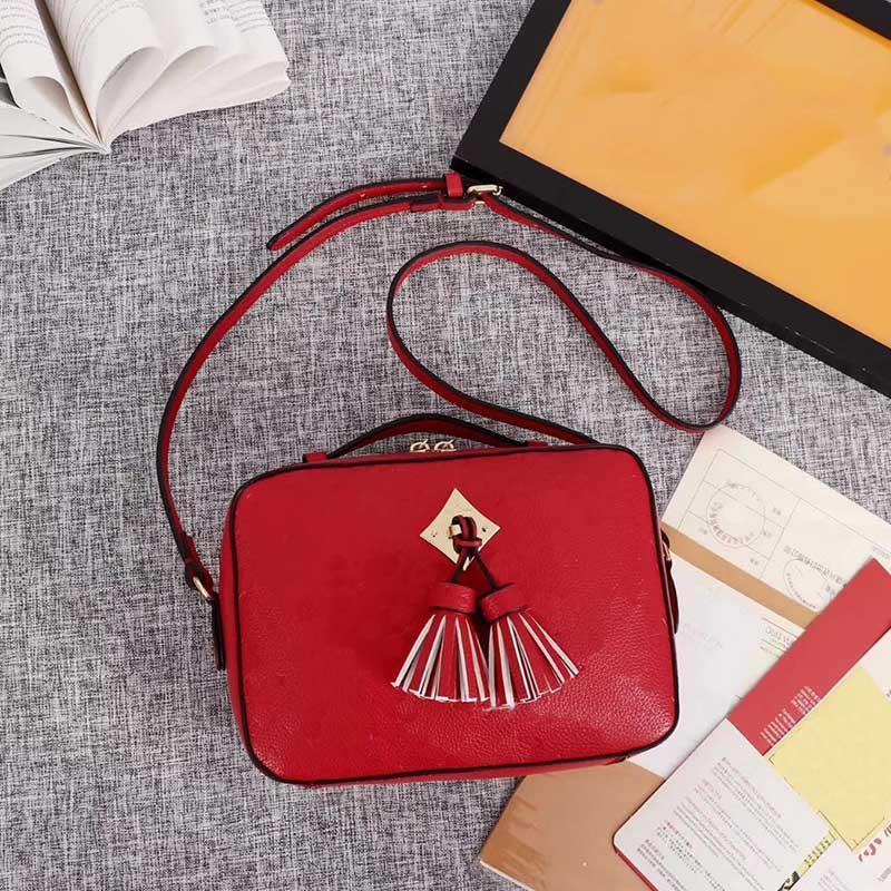 2021 оптом Стиль посланника Стиль на плечо Высококачественная сумка для сумки качества плеча роскошный мини дизайнер высокого кошелька новый QXNTK