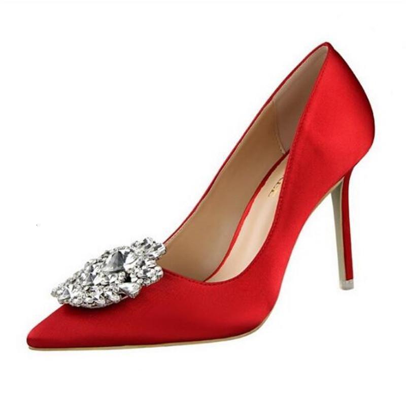 2021 Yeni 34-43 Moda Basit Kristal Yüksek Topuklu Düğün Bombalar Bahar Marka Lüks Sığ Seksi Parti Kadın Ayakkabıları DJ2O