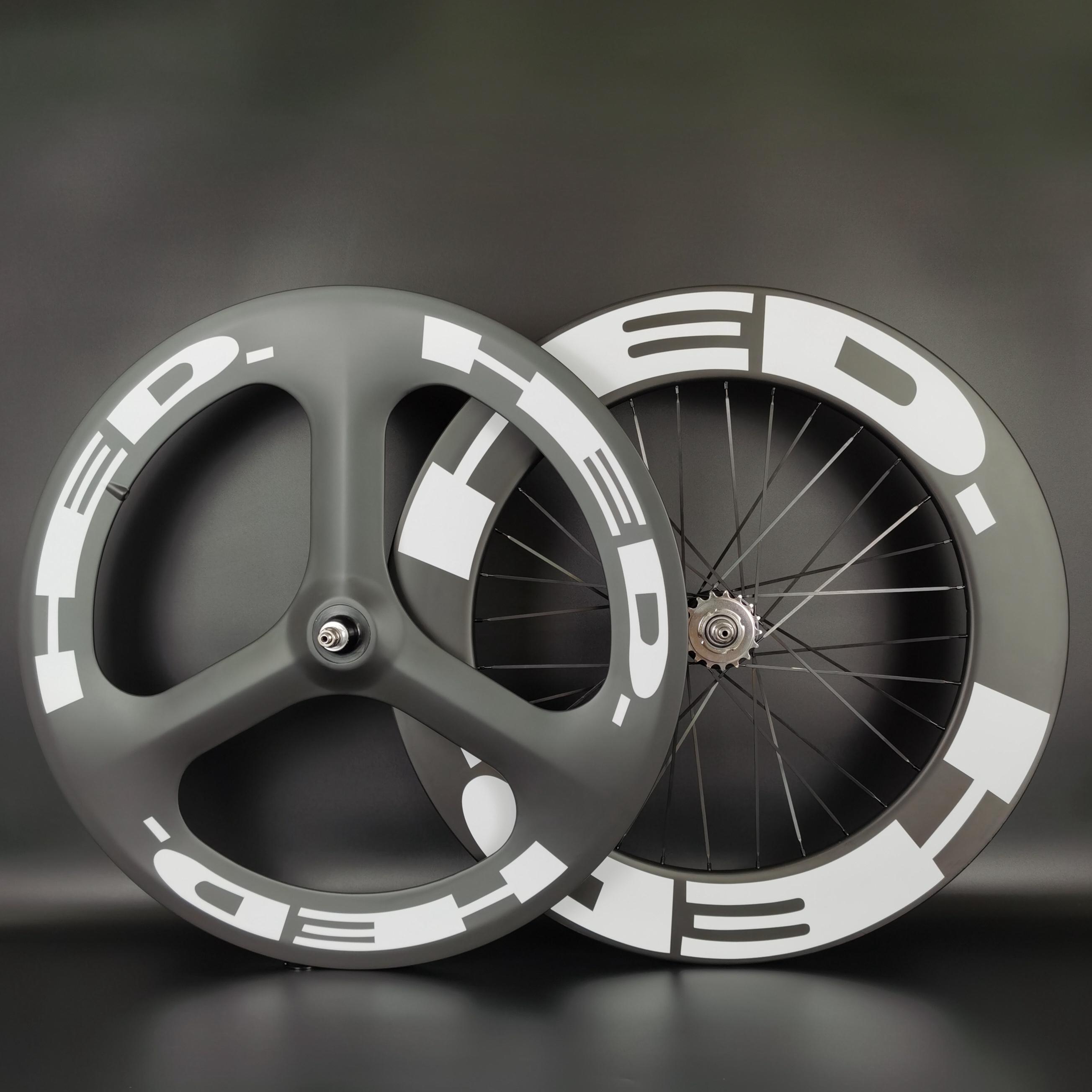 HED 700C 탄소 바퀴 전면 트라이 스포크 리어 88mm 깊이 도로 / 트랙 자전거 클린 치 / 관형 3 스마크 고정 기어 휠셋이있는 UD 무광택 마감