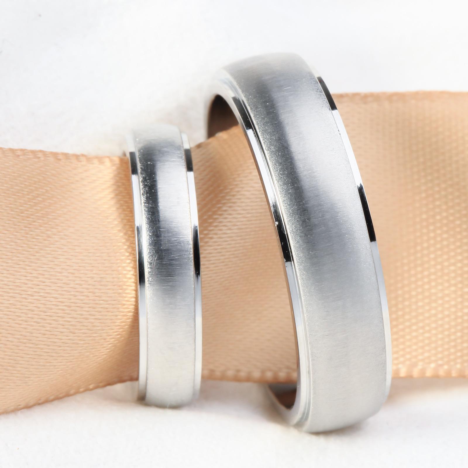 Accesorios de par inoxidable accesorios simple dibujo titanio acero pareja anillo ru0013