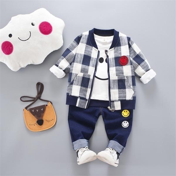 Roupas de bebê Define 2020 Primavera Queda da criança roupa infantil Brasão da manta de manga comprida T shirt Jeans Suits 3PCS crianças roupa A0078 X0923