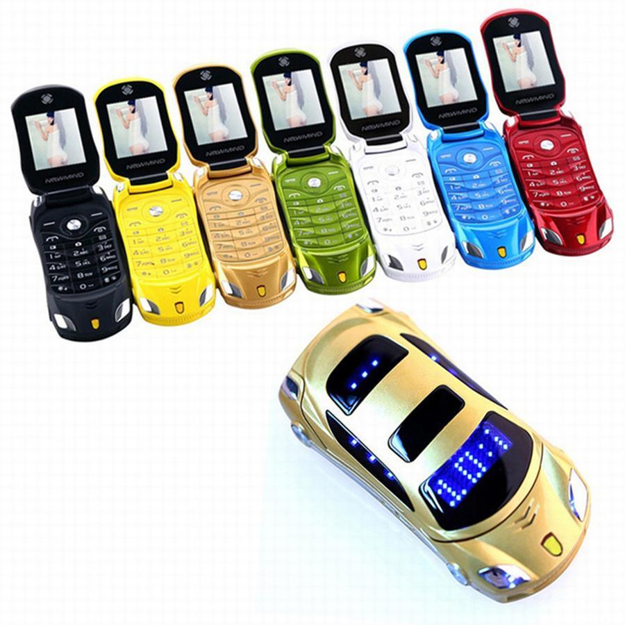 Flip Mini Cartoon Pellow Téléphone Clé Touche Cellule de téléphone portable Double GSM Carte GSM Petite voiture Modèle FM Caméra Caméra téléphone portable x6