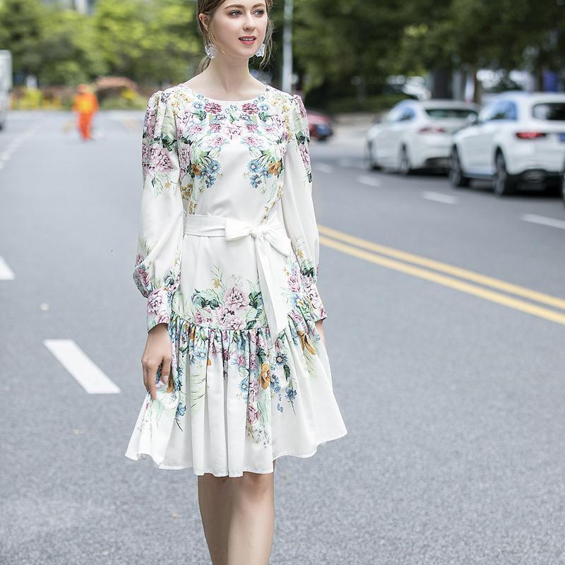 Лето 2021 Новая ретро Печать с длинными рукавами Тонкий пояс Элегантный женский темперамент в высоком качестве моды H5HQ
