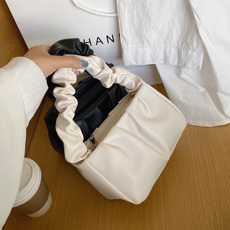 Petit PU sacs fourre-tout en cuir pour les femmes 2021 Mignon solide couleur Sacs à main Femme Totes Crossbody Voyage Lady Mode Sac à bandoulière Q1106