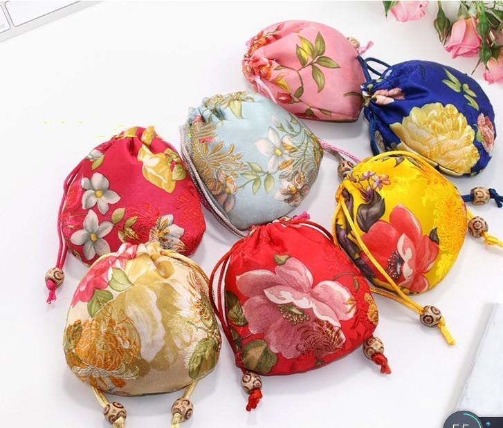 10PCS زهرة الصغيرة عيد الميلاد الرباط هدية التعبئة والتغليف الصينية القطيفة الحرير والمجوهرات الحقائب حفل زفاف لصالح هدية حقائب
