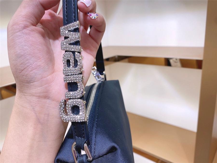 Bukcets de cadena casual Bolsa de insdiamond Mujeres Hombro Hombro Handines de cuero Capaci Mujer Totes Monederos # 47233111