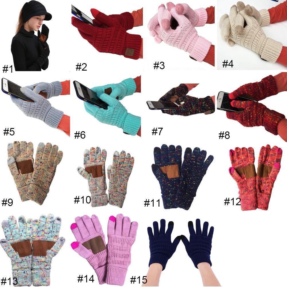 Guanti Cc lavorato a maglia di inverno di colore solido unisex Touch Screen Gloves schermo Inverno Cc Knitting Smart Touch del cellulare Five Fingers Guanti 2019