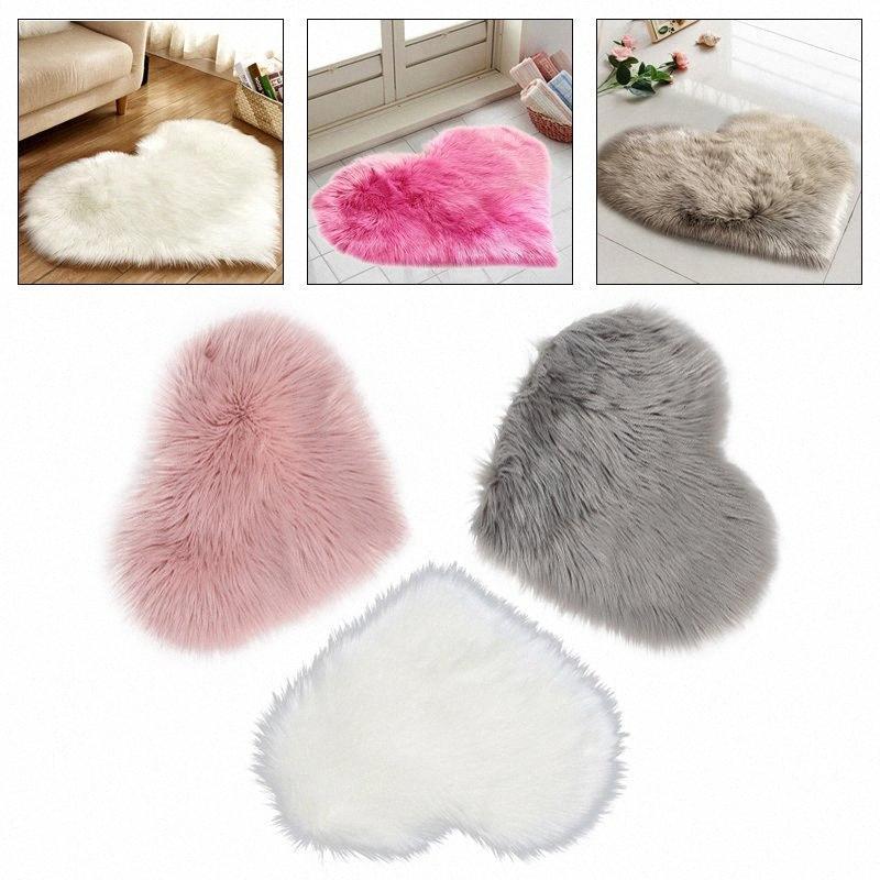 Tappeto di lana a forma di cuore artificiale morbida pelle di pecora artificiale Tappeto Peloso Carpet Arts divani letto tavolo sedie Camera BTTP #