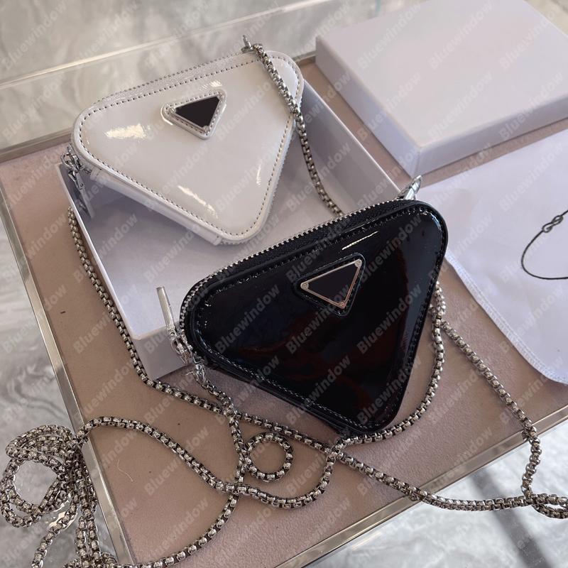 2021 نحى جلدية مصغرة الحقيبة النساء سلسلة أكياس الصفا مصممي أكياس حقيبة crossbody حقيبة مثلث محفظة حقيبة يد حقيبة B21012206L