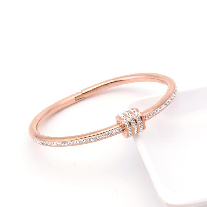 Pulsera de las mujeres de la moda con incrustaciones con pulseras de acero de titanio de diamante Diamante de las mujeres Pulsera retra Rosa Pulsera de oro Perímetro 18.5 cm