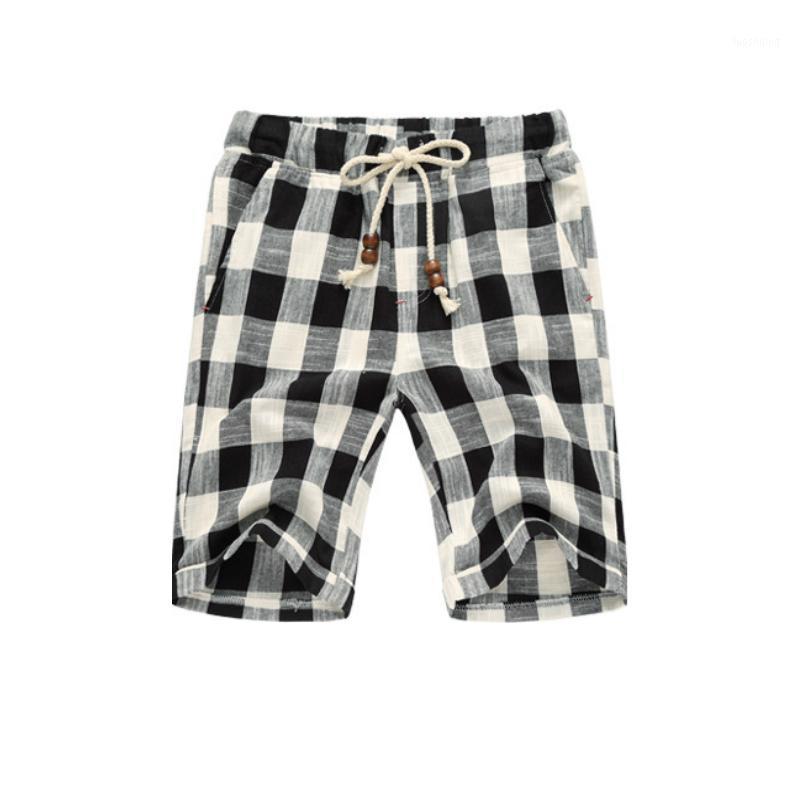 Pantalones cortos para hombres 2021 Mens Verano Plaid de algodón puro Playa Casual recto Pantalones cortos Casual Frenulum Reparar el cuerpo Moda Rodilla Pantalones1