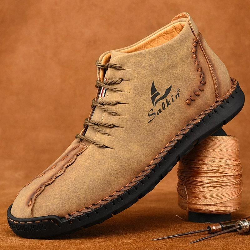 2020 Mode Hiver Hommes Bottes en cuir Bottines à la main Bottines en plein air Bottes d'automne en plein air Bleu Hommes Casual Cuir Chaussures Hommes # MF4N