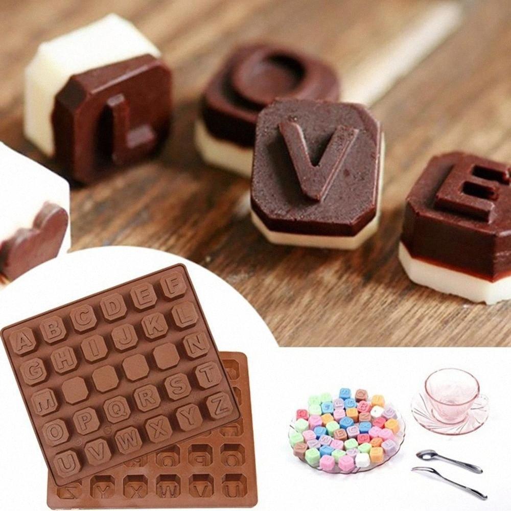 26 letras inglesas / 4 Junta de silicona blanca del chocolate molde del caramelo cubos de hielo del molde de pastelería Moldes de jabón torta de la pasta de la hornada Herramientas FRQr #