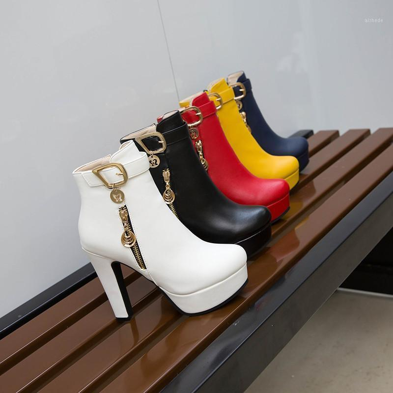Stivali Ymechic Fashion Bride Festa di nozze Tacco alto Tacco alto Femminile Catena Catena Piattaforma Bianco Red Tacchi per la caviglia Scarpe da donna inverno1