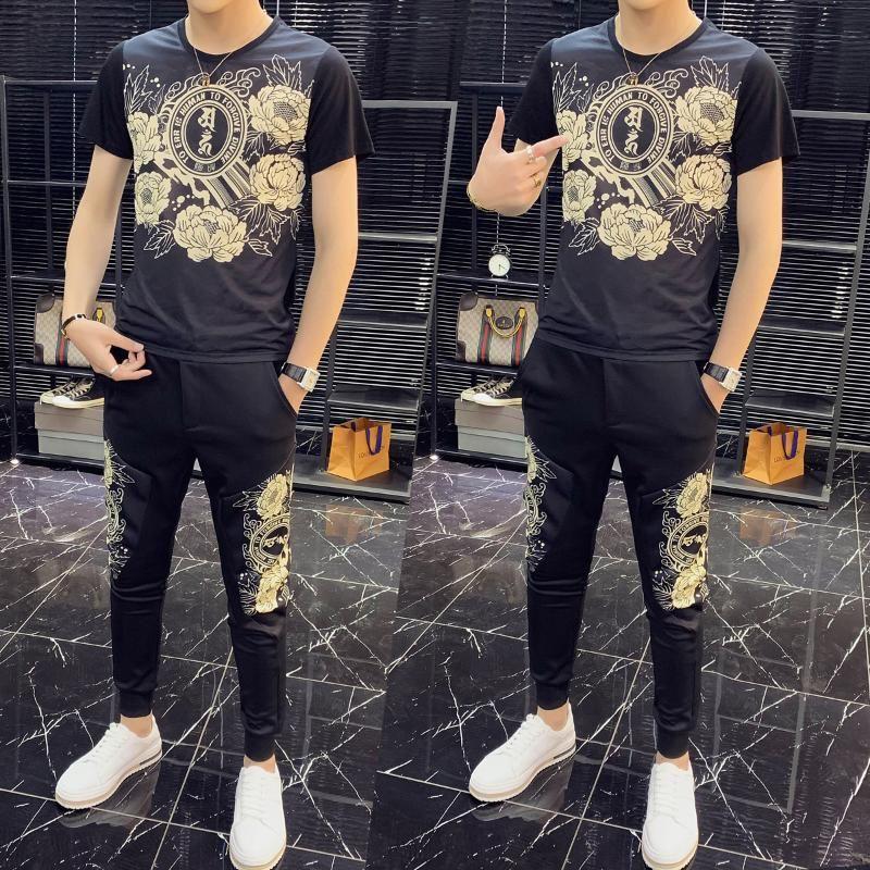 2020 Due modo di alta qualità Set Piece Uomini tuta slim fit Outfits Uomini manica corta Set maglietta 2 pezzo superiore e la mutanda