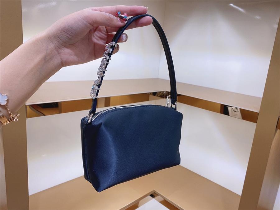 Toyoosky 2020 осень зима женщин буэт insdiamond сумка портативная жемчужная ручка девочки вельверов плечо рукоятки по Грейдиамонду сумка популярный плиссированный Fe # 15033111