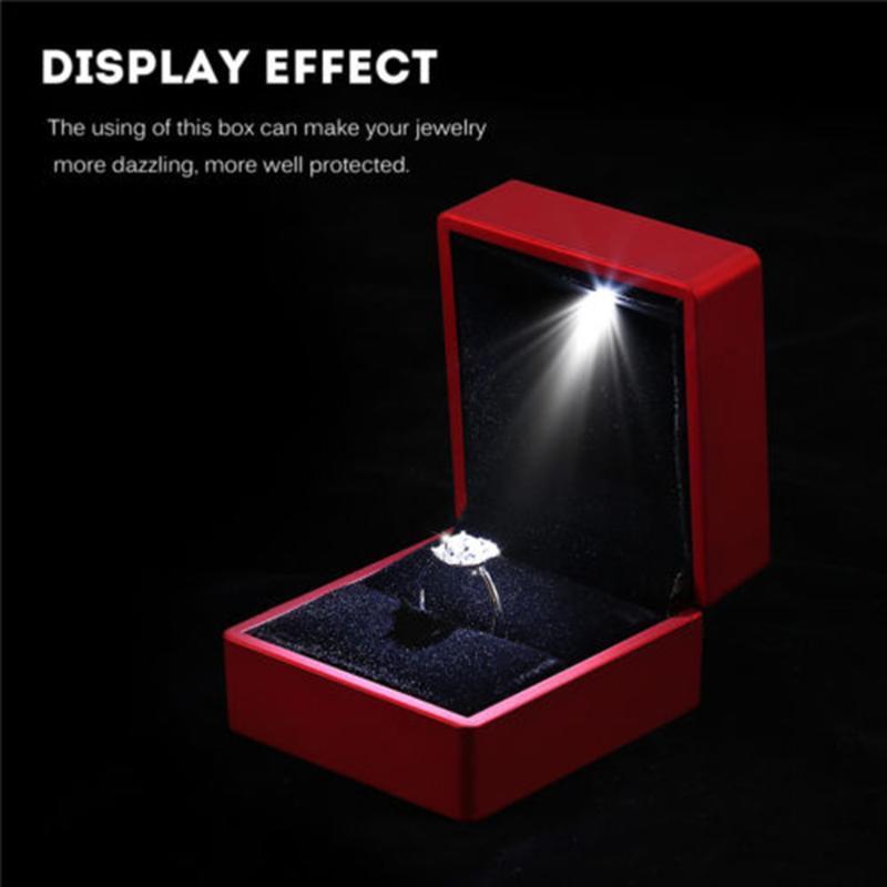 Işık ile Yaratıcı LED Mücevher Kutusu Ekran Yüzük Kolye Küçük Zarif Hediye Sürpriz Katı Renk Basit Moda Kişilik