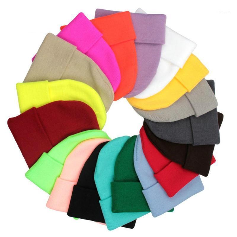 Mode einfarbig gestrickte Wollmützen Hut Winter warm Ski Hüte Männer Frauen Multicolor Skullies Kappen Weiche elastische Sport Bonnet1