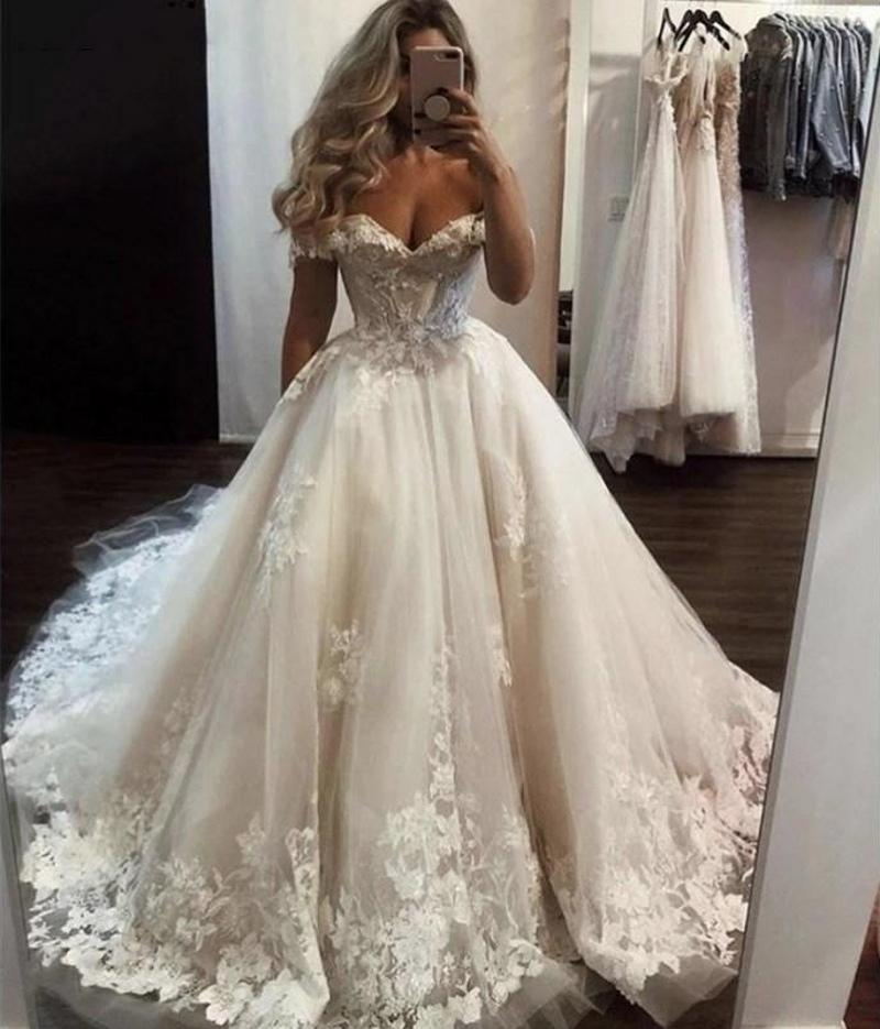 2021 Vintage Spitze Ballkleid Brautkleider weg von der Schulter Brautkleider Spitze Appliqued Ehe Süßes Kleid