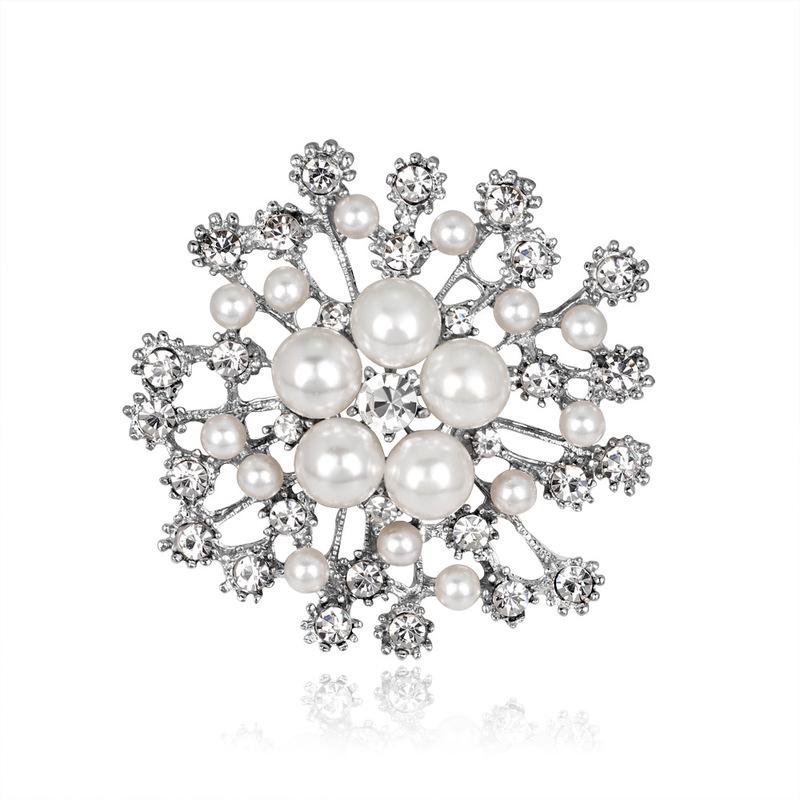 gold snowflake Brooch diamond pearl corsage brooches scarf dress business suit buckle pins for women fashion jewelry will and sandy gift