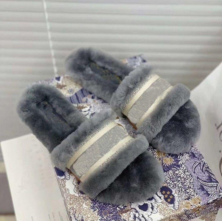2021 Início Casa Indoor Chinelos WomenWomen Furry Chinelos de Senhoras sapatos bonito Fur Casual Plush Macio Sandals Mulheres