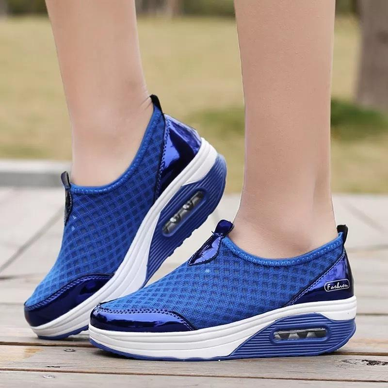 Women Shoes 2020 Autumn Casual Women Wedges Sneakers Breathable Platform Sneakers Comfortable Ladies Loafers Chunky Sneakers LJ201130