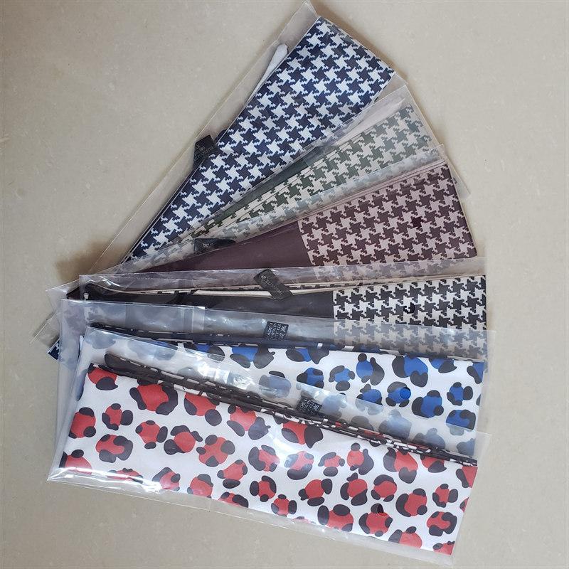 Hot Quality Classic Dupla Impressão Twill Pequeno Tie Bag Lenço Headband Senhoras Acessório Favorito Frete Grátis