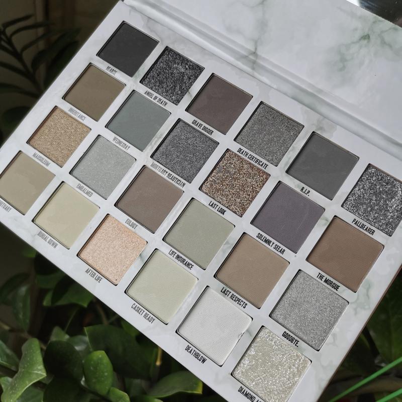 Nouvelle palette de maquillage cinq étoiles incrémated paupière 24 couleurs à paupières à paupières à paupières matières mate de haute qualité Livraison gratuite