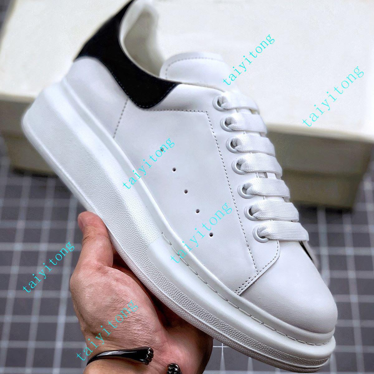 أزياء المرأة الأحذية عالية الجودة عارضة أحذية الرجال أحذية جلدية المخملية أسود أبيض أحمر مريح ارتفاع شقة زيادة الأحذية حجم 35-45