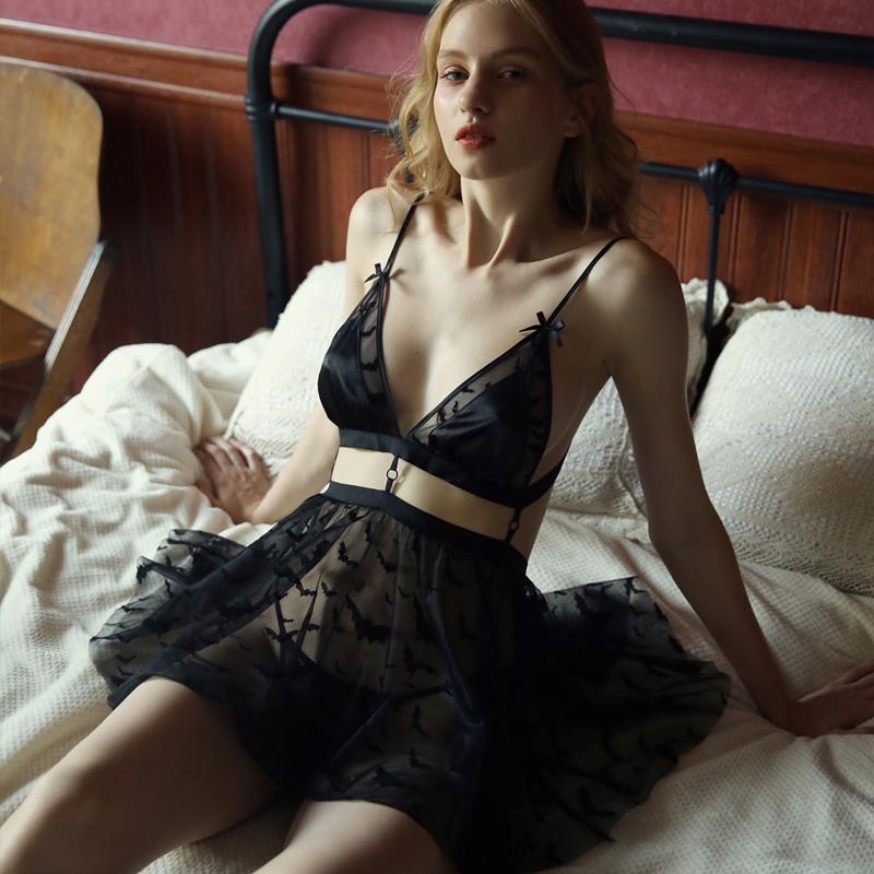 Women's Sleepwear Belle fille Couture Deep Vep Thin Ice Silk Dentelle Soutien-gorge Femme Noverdress Set Avec T Pantalon Robe de couture Chemis de nuit