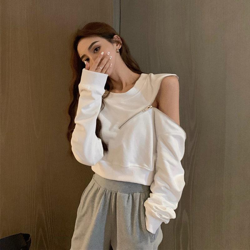La primavera y el otoño de 2020 nueva red de diseño coreano rojo sentido ins sueltos encima de fuego súper corta cuello redondo suéter blanco de las mujeres