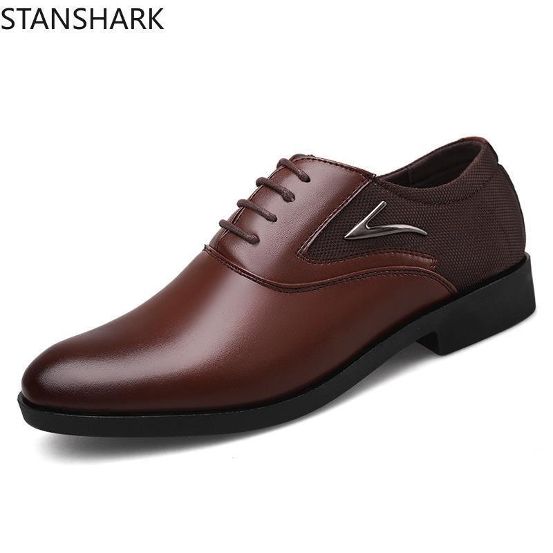Sapatos New Oxfords Couro Calçados Masculinos Moda Casual Pointed Top formal do casamento Negócios Masculino vestido Flats Big Size 38-48
