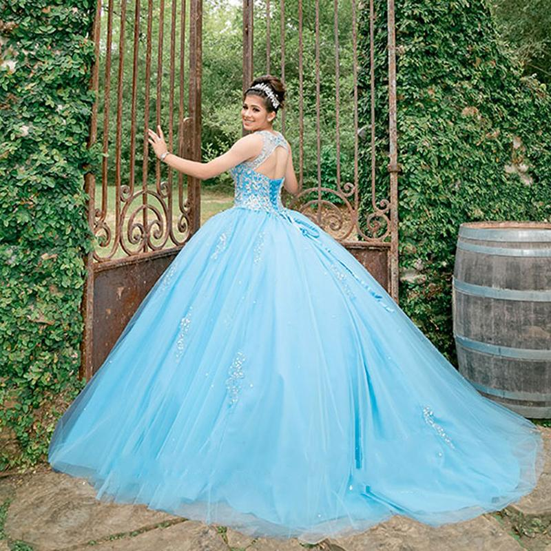 Sky Blue Quinceanera Dresses Beaded Crystal Scoop Sweet16 Prom Gowns Corset Girls Birthday Dress Custom Party Gowns