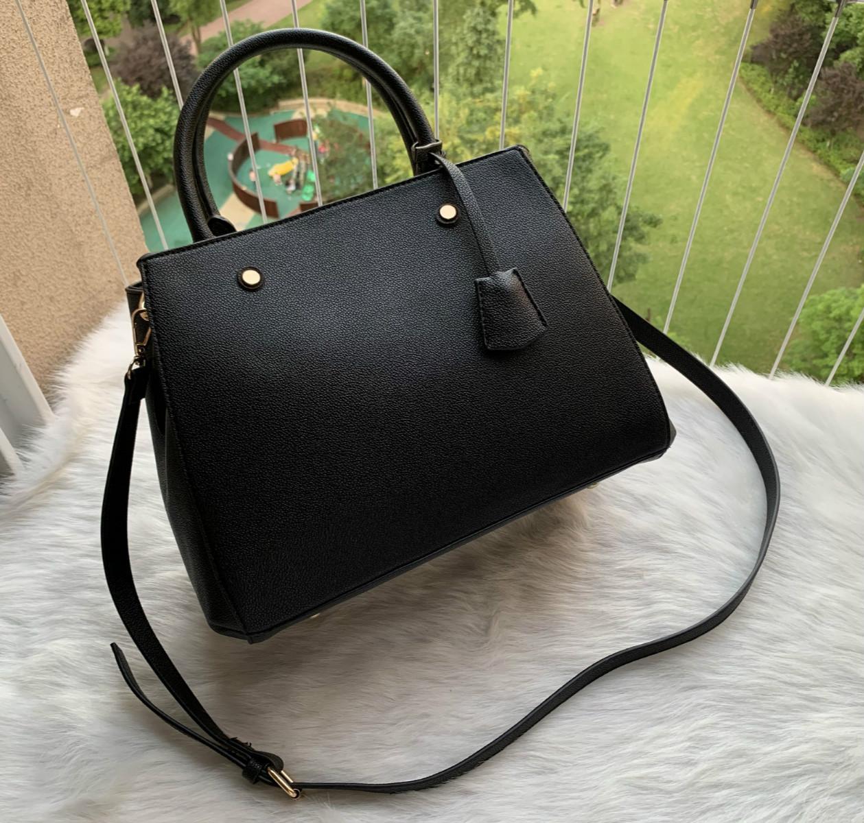 Novo Qualidade superior Genuine PU couro 41056 bolsa de ombro de couro mensageiro saco quadrado clássico bolsa de moda feminina saco