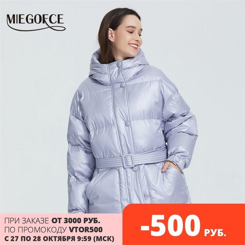 Miegofce Yeni Kış kadın Ceket Yüksek Kaliteli Parlak Renkler Yalıtımlı Kabarık Ceket Yaka Kapşonlu Parka Gevşek Kesim Kemer Ile 201029