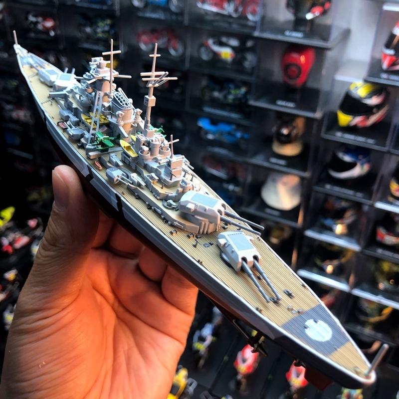 Allemagne 1/1000 Nouveau Prix spécial Die-casting Battleship Métal Warship militaire statique Modéle navire jouets pour les enfants