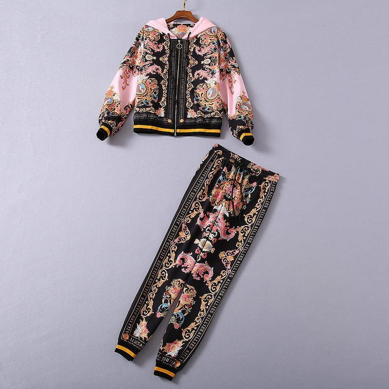 유럽과 미국 여성의 착용 2020 겨울 새로운 스타일 긴팔 후드 레트로 프린트 코트 바지 유행 핑크 양복