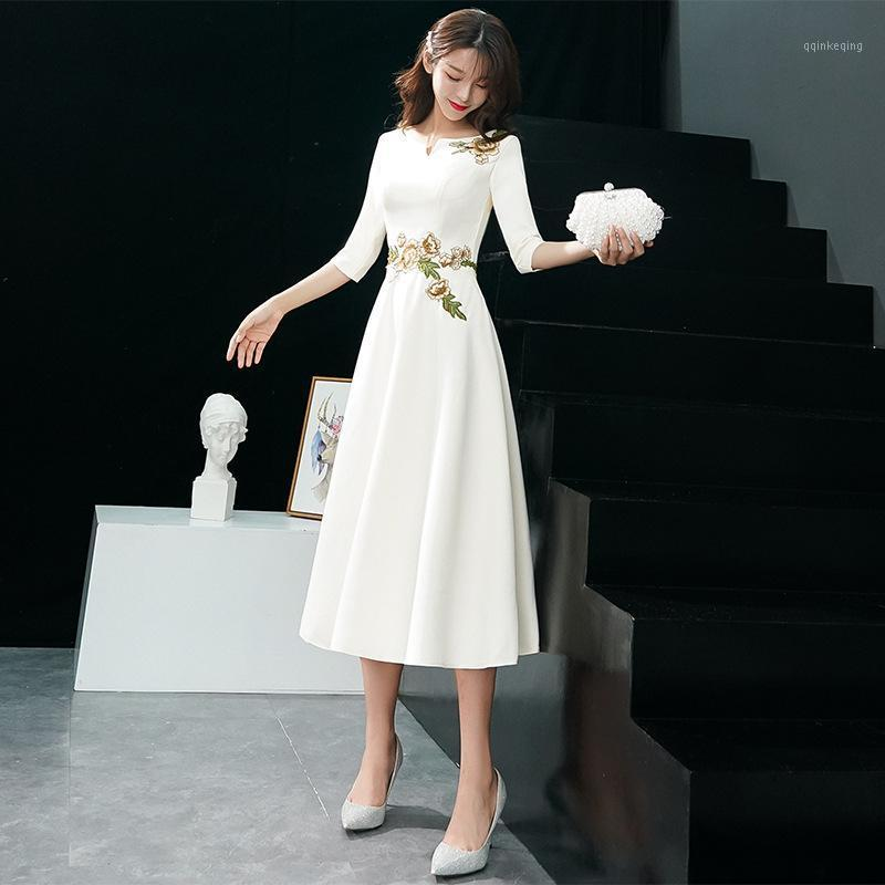 Lady Party Cheongsam Oriental Delle Donne V-Neck Dress Vollo V-Stile Cinese Elegante Long Qipao Sexy Slim Abiti da sposa Vestidos S-XXXL1