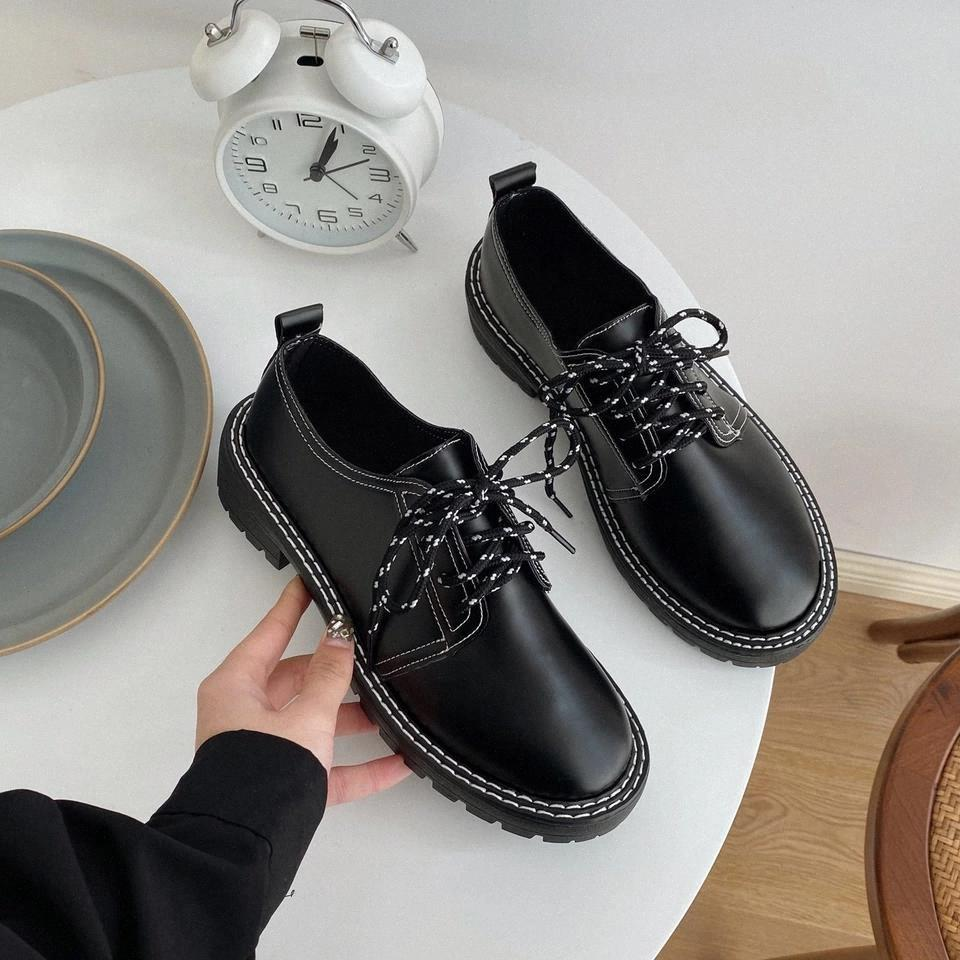 Femmes Sneakers 2020 Fashion Pu Longueur Chaussures Casual Dames Ourdoor Sport Chaussures Shine Cristal Plate-forme Femelle Chaussures Vulcanisées # ZM1W