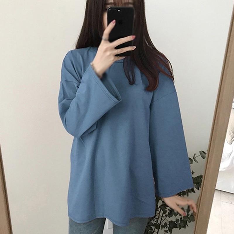 Estilo coreano de gran tamaño de gran tamaño redondo de manga larga dentro de color sólido camiseta femenina básica Ropa de mujer