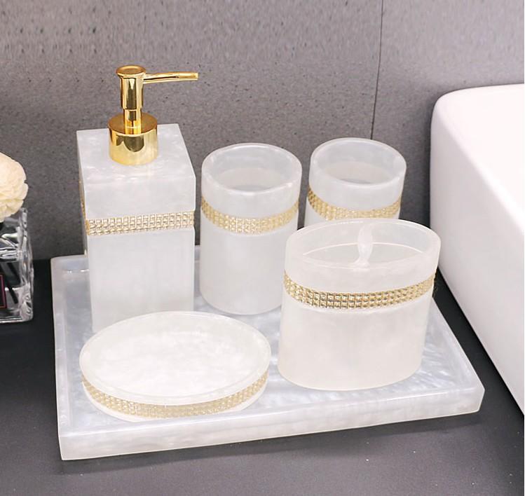 Accessorio da bagno Set resina + strass vassoio bagno sapone dispersione doccia gel doccia bottiglia spazzolino da denti porta stoccaggio piatto